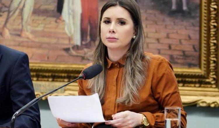 Deputada de Santa Catarina quer derrubar a cota para mulheres nas eleições