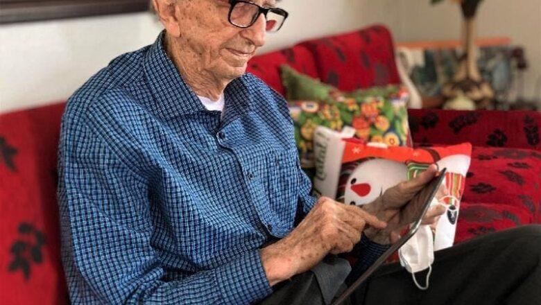 Funcionário mais antigo do mundo será um dos primeiros a tomar a vacina da Covid-19 em SC