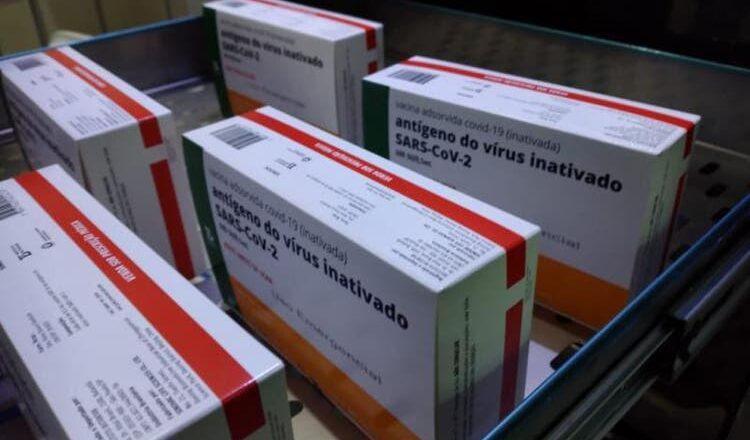 Escassez de vacinas contra a Covid-19 em Santa Catarina provoca reclamações de municípios