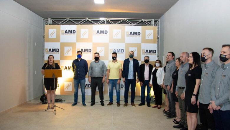 AMD Seguros inaugura nova sede em Indaial